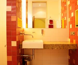 Coral Bathroom detail